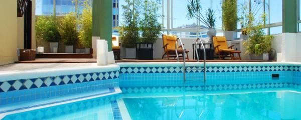 Piscina Dolmen Hotel